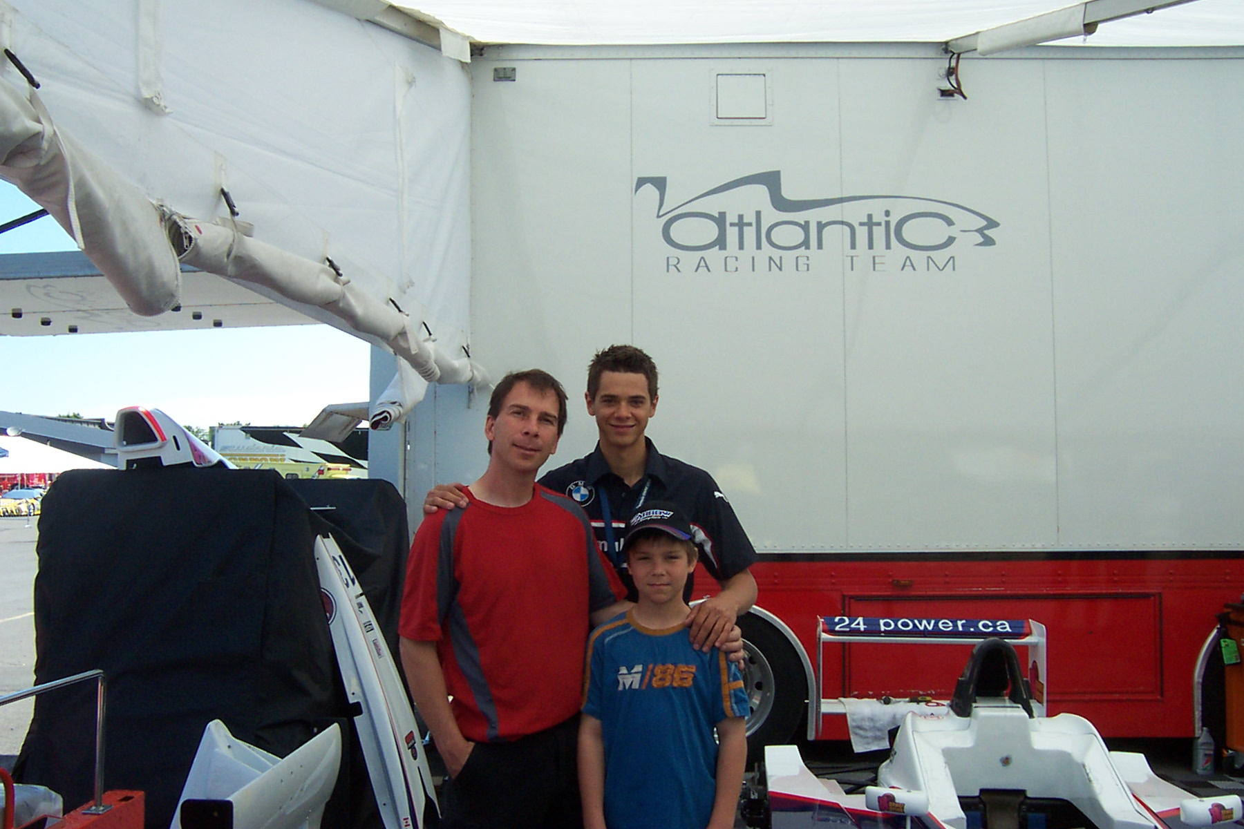 Olivier and Robert Bedrd under the racing tent of Jeffrey Petriello for the Montreal Grand Prix Formula BMW