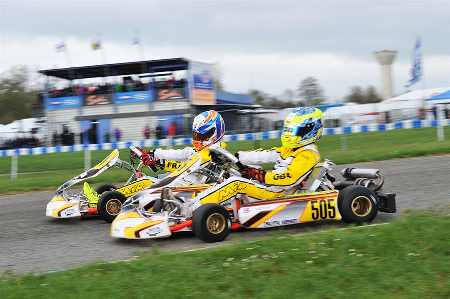 Bradshaw (505 - Exprit-Vortex) is the pole-sitter in Academy Trophy, thanks to his couple of victories in today's heats