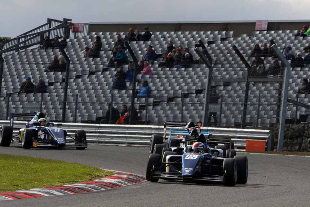 Herta was chased throughout race three but kept his cool to win