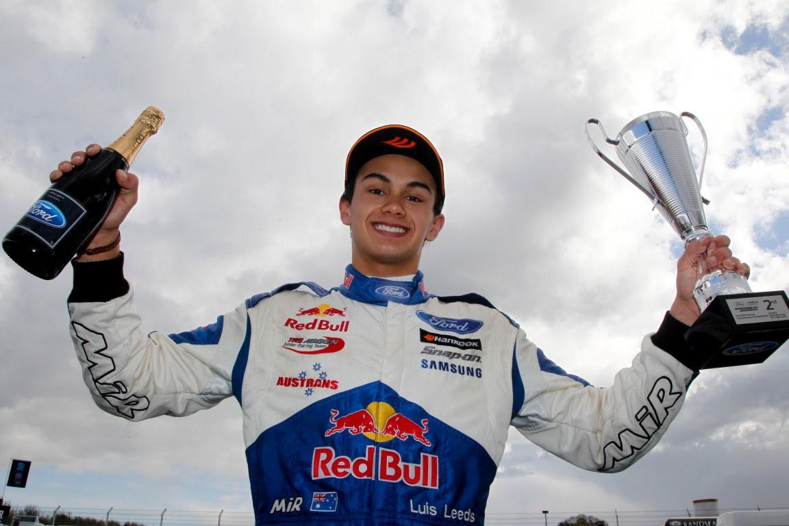 Luis Leeds takes 2nd place at Round 4 & Round 6 of the MSA Formula Championship at Donington, UK.