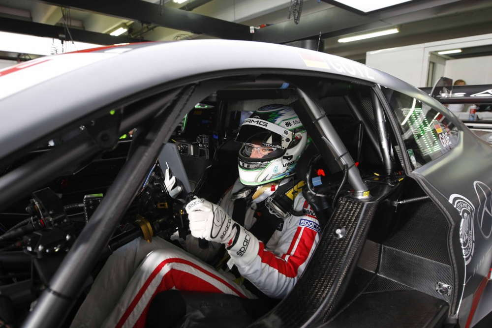 Robert Wickens (SILBERPFEIL Energy Mercedes-AMG C 63 DTM) finishes second in first race of season.