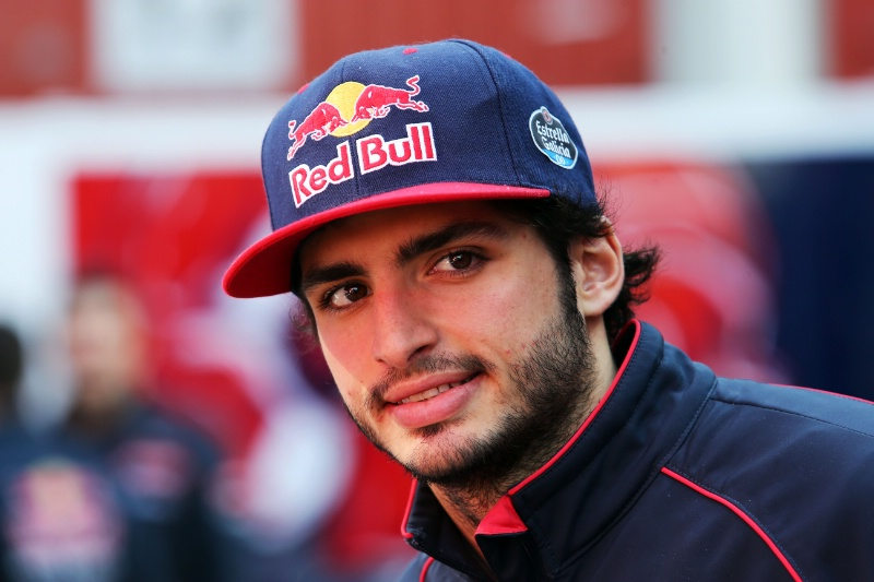 Racing for now and the future – Carlos Sainz on 2017