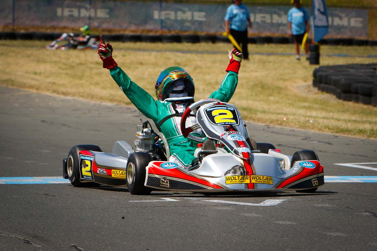 DYLAN TAVELLA WINS AGAIN IN SUPERKARTS! USA COMPETITION
