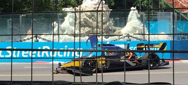 Roborace car crash photo Buenos Aires
