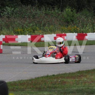 P8311587.jpg - KNW | KartingNewsWorldwide.com | Your latest racing news
