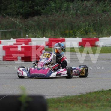 P8311606.jpg - KNW | KartingNewsWorldwide.com | Your latest racing news