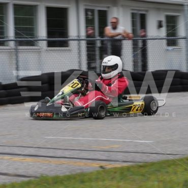 P8311674.jpg - KNW | KartingNewsWorldwide.com | Your latest racing news