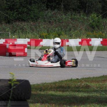 P8311690.jpg - KNW | KartingNewsWorldwide.com | Your latest racing news