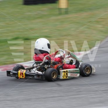 P9221383.jpg - KNW | KartingNewsWorldwide.com | Your latest racing news