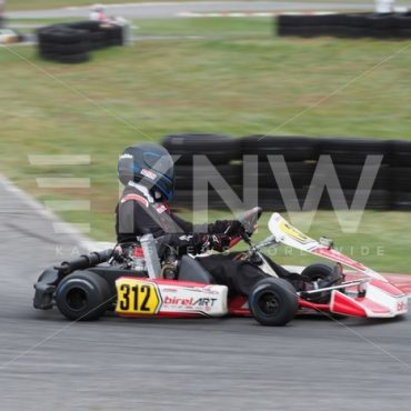 P9221411.jpg - KNW | KartingNewsWorldwide.com | Your latest racing news