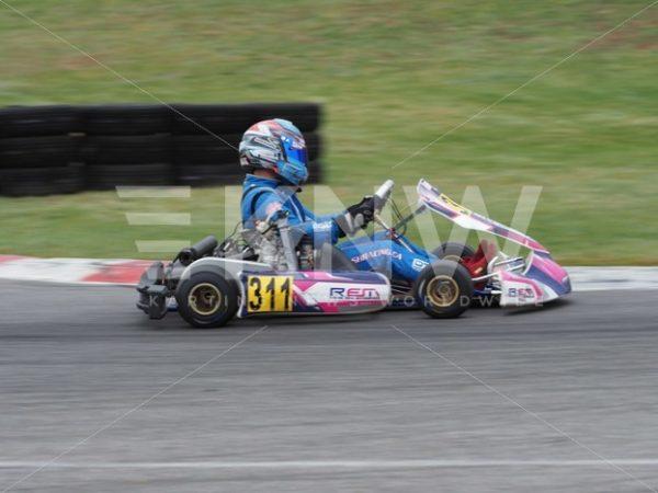 P9221439.jpg – KNW   KartingNewsWorldwide.com   Your latest racing news