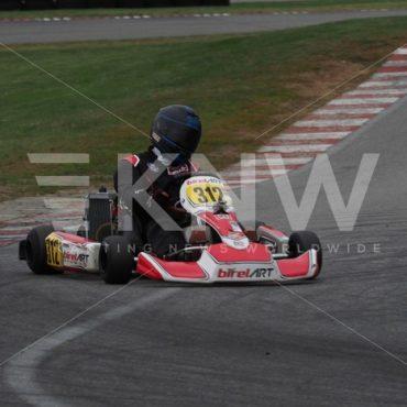 P9221447.jpg - KNW | KartingNewsWorldwide.com | Your latest racing news