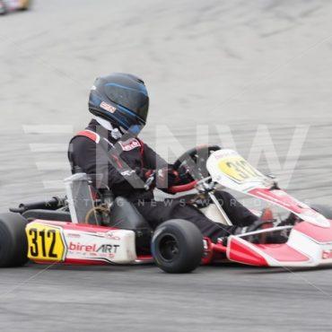 P9221456.jpg - KNW | KartingNewsWorldwide.com | Your latest racing news