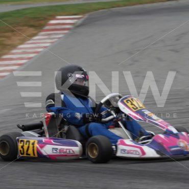 P9221473.jpg - KNW | KartingNewsWorldwide.com | Your latest racing news