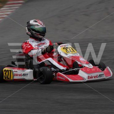 P9221480.jpg - KNW | KartingNewsWorldwide.com | Your latest racing news